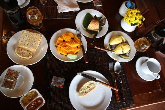 Pakbeng, Laos: breakfast