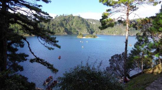 San Cristobal de las Casas, Mexico: Una de las lagunas de Montebello