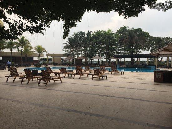 Eko Hotels & Suites: piscine