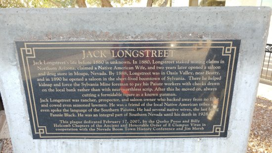 Amargosa Valley, NV: Why is the hotel named Longstreet?