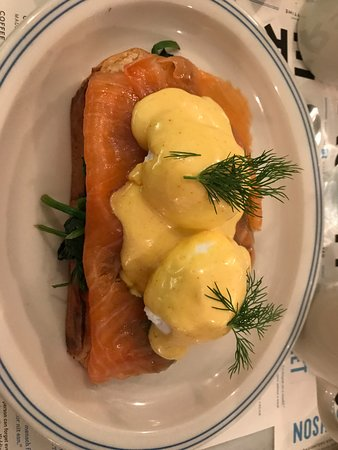 The Jewish Museum: eggs benny - smoked salmon and poached eggs