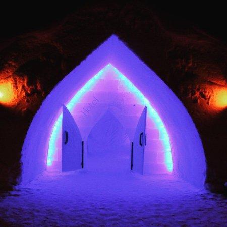 Arctic SnowHotel & Glass Igloos: IMG_20180119_211413_764_large.jpg