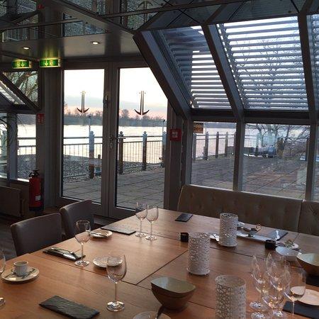 schnellenburg d sseldorf restaurant bewertungen telefonnummer fotos tripadvisor. Black Bedroom Furniture Sets. Home Design Ideas