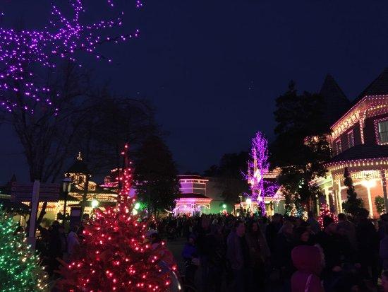 Dollywood: Christmas Lights