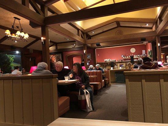 Breakaway Cafe Dining