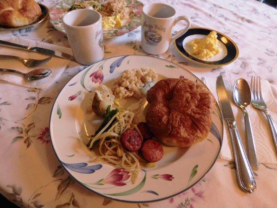 Manoa Valley Inn: 私の朝食です