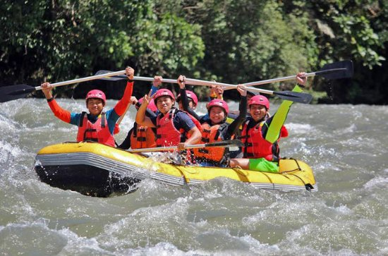 White Water Rafting en Zipline ...