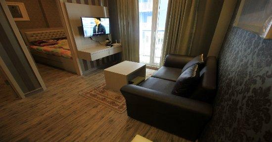 Rosani Apartment Ruang Tamu