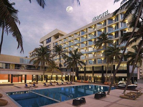 Novotel Mumbai Juhu Beach: Exterior