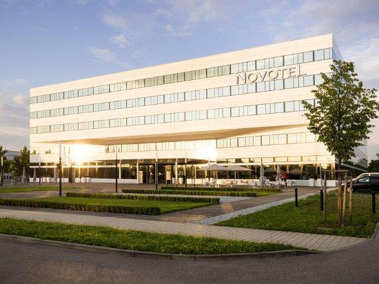 Novotel Munich Airport: Exterior