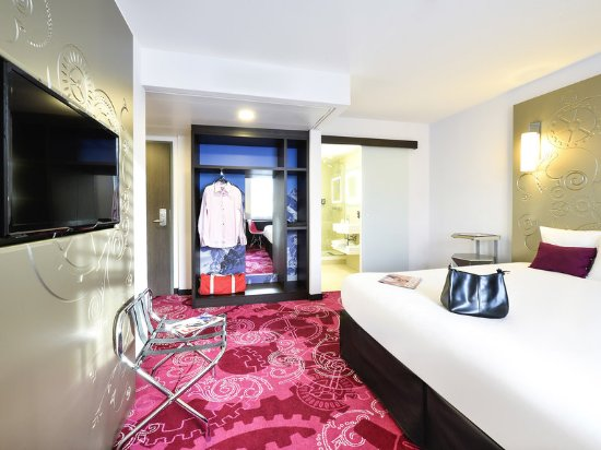 Ibis Styles Geneve Mont-Blanc: Guest room