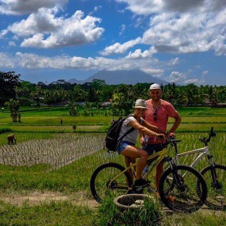 Delodsema Traditional Village: Cycling activities