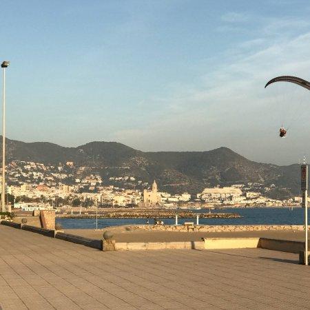 Passeig Maritim: photo3.jpg