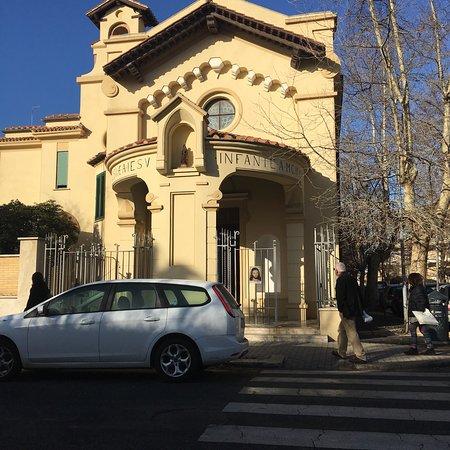Chiesa Di Santa Teresa Del Gesu Bambino