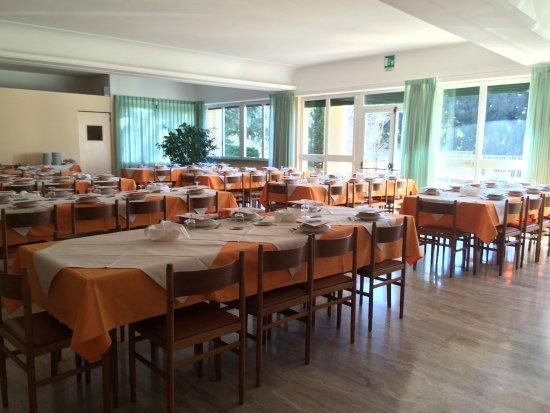 Armeno, Italien: Salone da pranzo