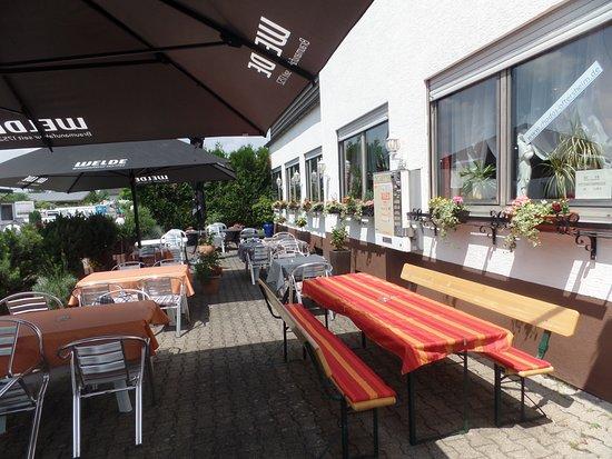 Oftersheim, Germany: biergarten
