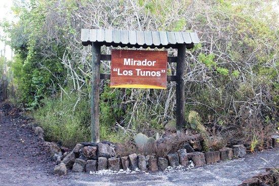 Puerto Villamil, Ecuador: Cartello sul sentiero
