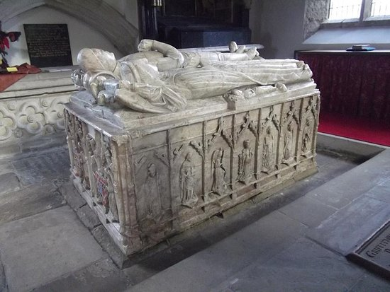 Burton Agnes, UK: Beautifully detailed alabaster tomb of early founders