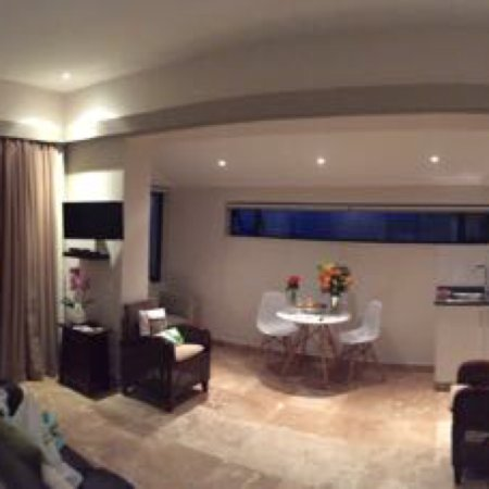 51 On Camps Bay Guesthouse: photo0.jpg