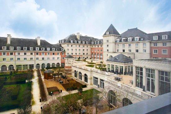 Vienna house dream castle paris prices from 101 magny le hongre france marne la vallee - Le comptoir lounge magny le hongre ...