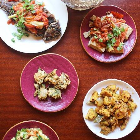 Fish Curry, Tofu Curry, Chicken Curry, Vegetable tempura, Coconut rice, Avocado Salad
