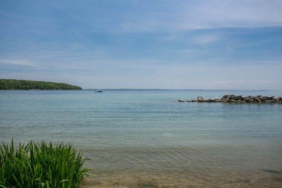 Omena Point