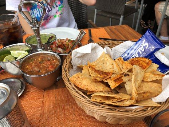 El fish grill san jose del cabo restaurant reviews for California fish grill locations