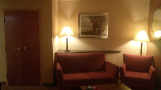 Hummelstown, PA: Seating in king suite #302