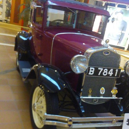 Galleria Shopping Mall: The CBA Africa Concours d'Elegance organizers had some of the cars displayed at The Galleria Mal