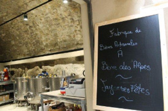 Berre-les-Alpes, France: Notre brasserie artisanales
