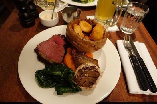 Hawksmoor Spitalfields: sunday roast.