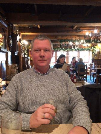 Drymen, UK: ein Whisky nach dem Essen