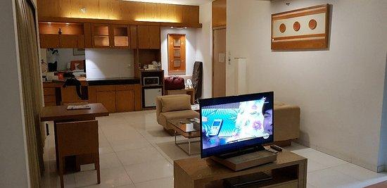 Platinum Suites: 20180118_020323_large.jpg