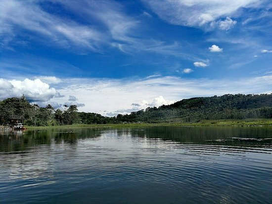 Villa Rica, Perù: Laguna El Oconal