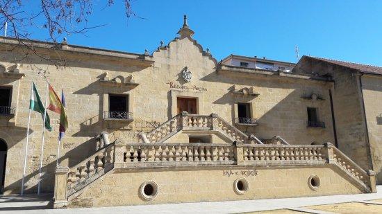 Convento de los Capuchinos / Biblioteca Municipal