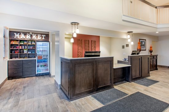 Grandville, MI: Front Desk and Marketplace