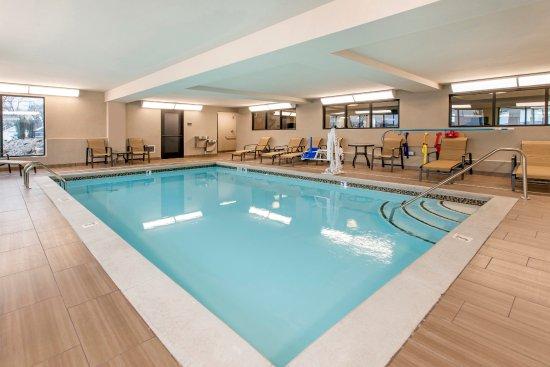 Grandville, MI: Pool