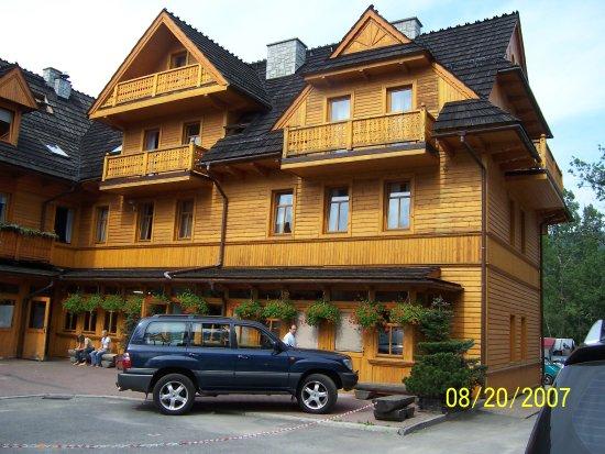 Hotel Sabala: Sabala Hotel- front wing of hotel