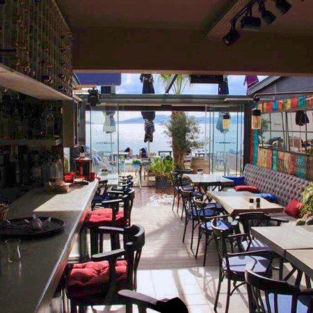 Almera Restaurant: Design restaurant