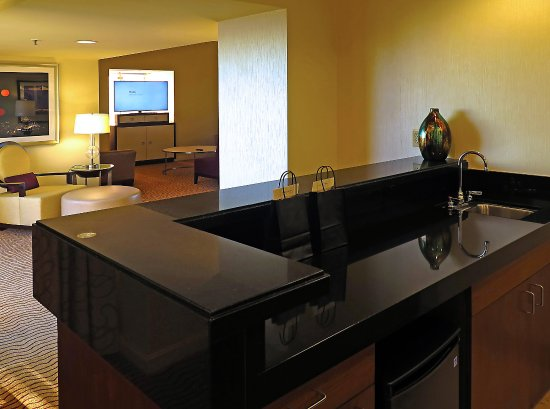 Marriott Marquis SF - Suite 3056 - Full Wet Bar Off of Livingroom ...