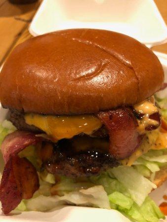 Swinton, UK: burger