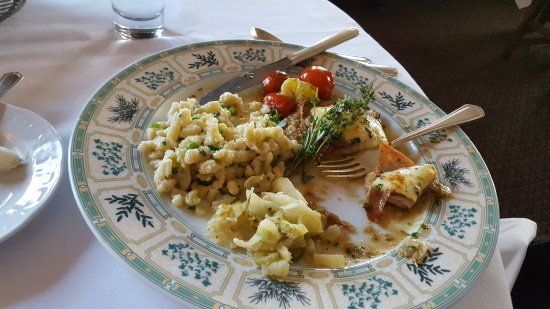 Brewster, NY: Veal Scallopini with Prosciutto, Manchego Cheese & Spaetzle!
