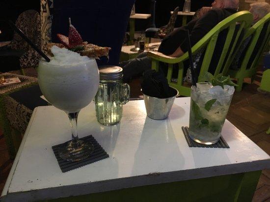Mojitos Beach Bar: photo1.jpg