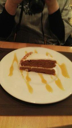 Moka Restaurant Cafeteria: I visited Moka restaurant  late Saturday to celebrate my dairly's birthday: delicious, quick ser