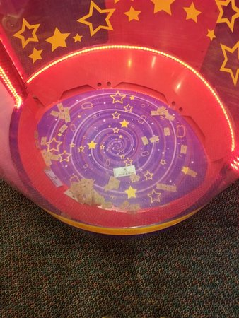 The secret to the best Chuck E. Cheese's birthday party is booking online, and letting the Chuck E. Cheese's staff and your party host do all the work for you. Chuck E. Cheese's will take care of everything from the invitations, to the decorations, food, cake, ice cream, entertainment, and more.