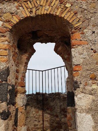 Castelmola, Italia: 20180115_112147_large.jpg