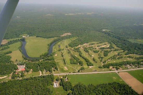 Le Sélect Activity Center & Golf