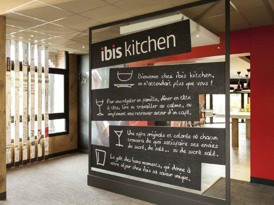ibis evry frankrig hotel anmeldelser sammenligning af priser tripadvisor. Black Bedroom Furniture Sets. Home Design Ideas