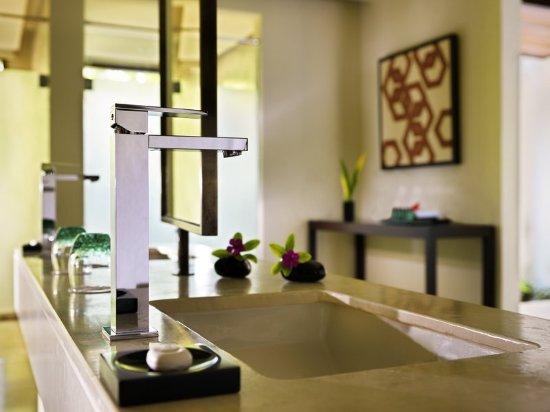Dhevanafushi Maldives Luxury Resort Managed by AccorHotels: Guest room