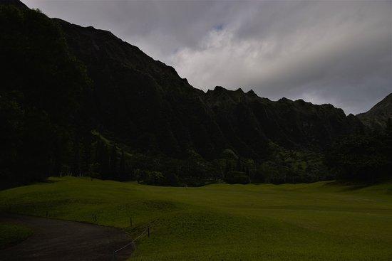 Kaneohe, HI: 背後にはコウラウ山脈